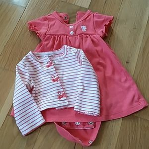 Carter's Newborn Dress set